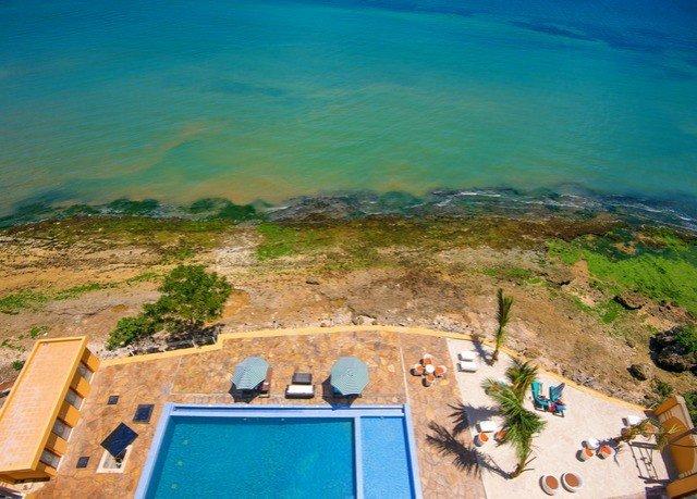 Sea laptop Coast swimming pool Ocean aerial photography cape terrain Resort overlooking
