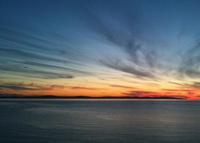 sky Sunset afterglow horizon cloud red sky at morning sunrise dawn Ocean Sea atmosphere Sun dusk evening Coast wind wave orange setting clouds blur