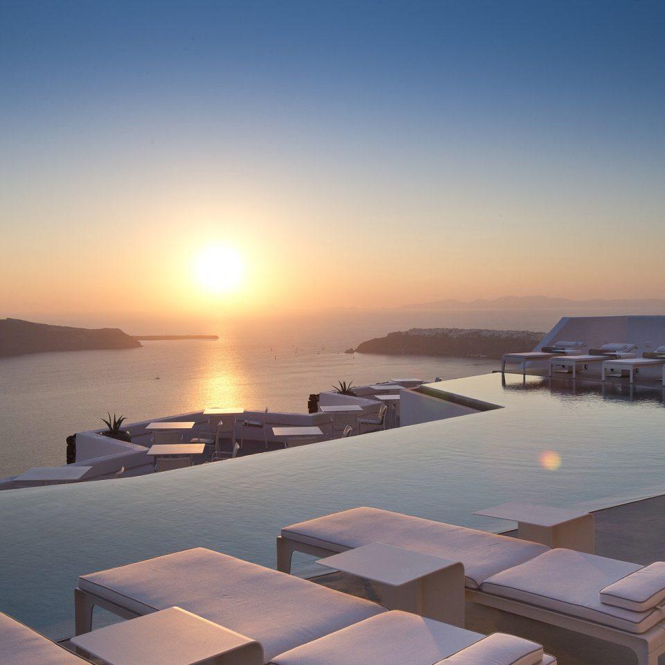 sky water Sea horizon marina Ocean morning dock Sunset sunrise Coast vehicle dusk dawn