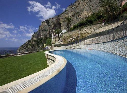 sky property swimming pool mountain reservoir Coast infrastructure Resort dam