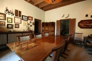 property living room condominium wooden cottage hard dining table
