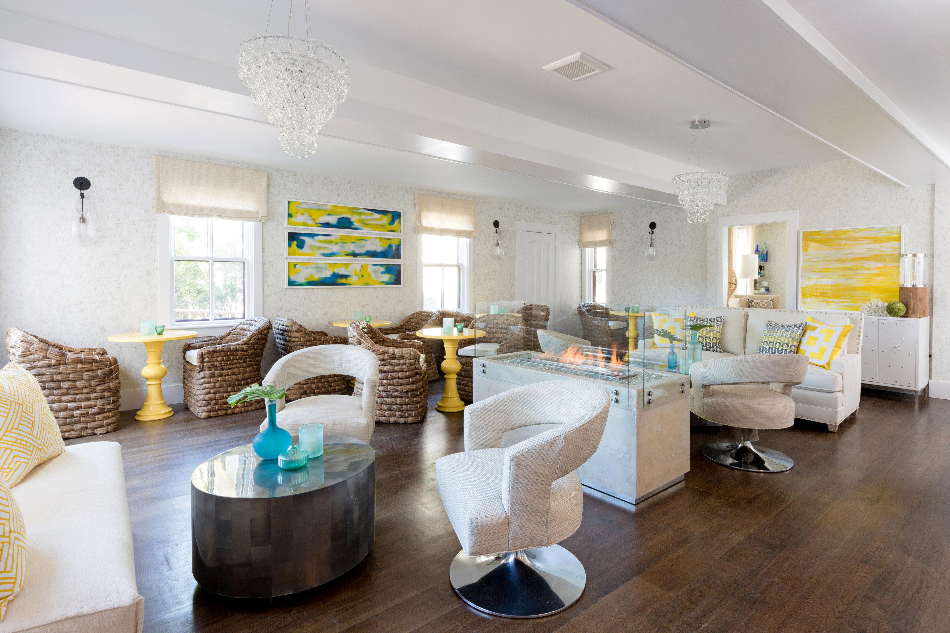 property living room home cottage condominium farmhouse