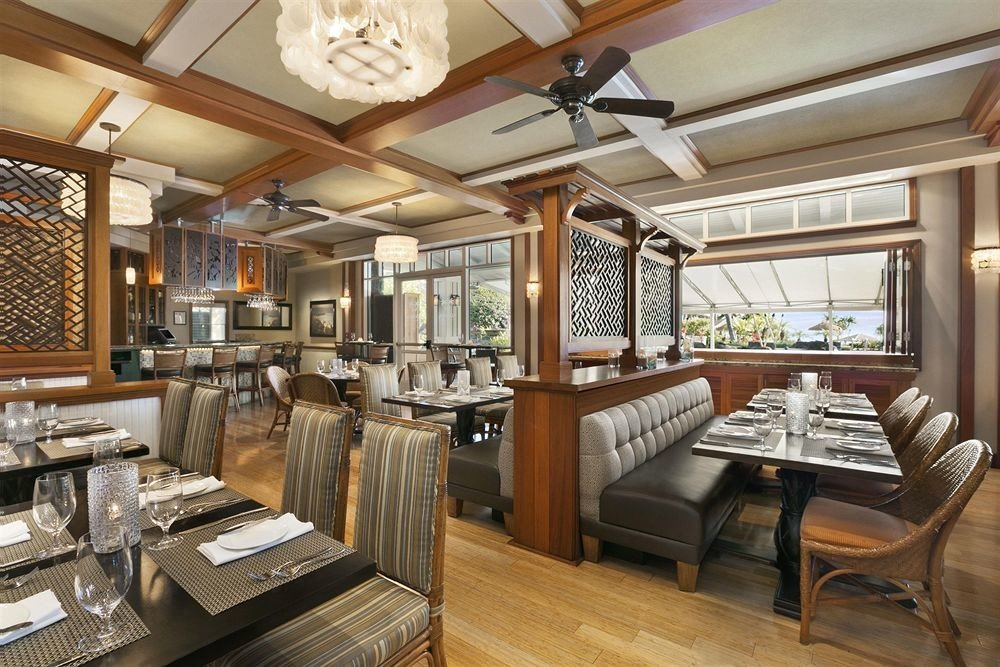 property home yacht cottage mansion condominium living room