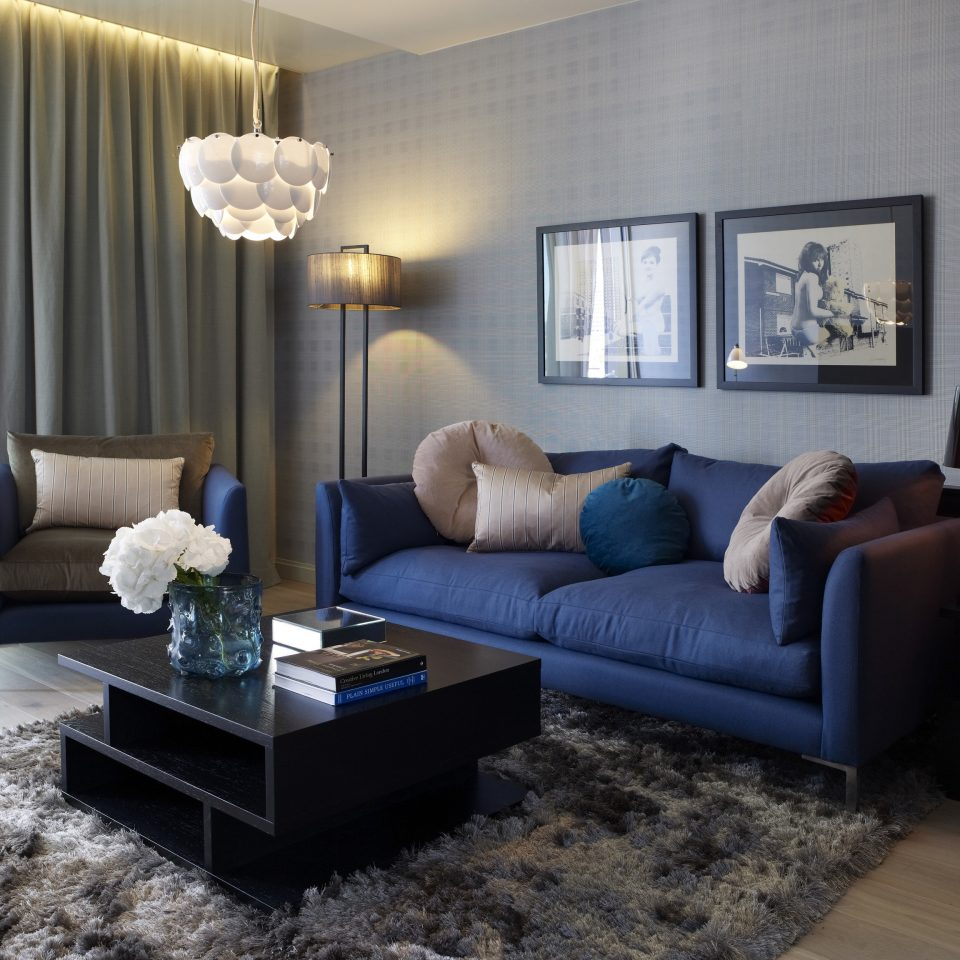 sofa living room property home condominium cottage