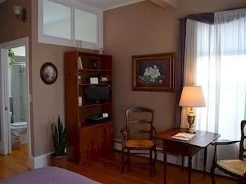 property condominium cottage