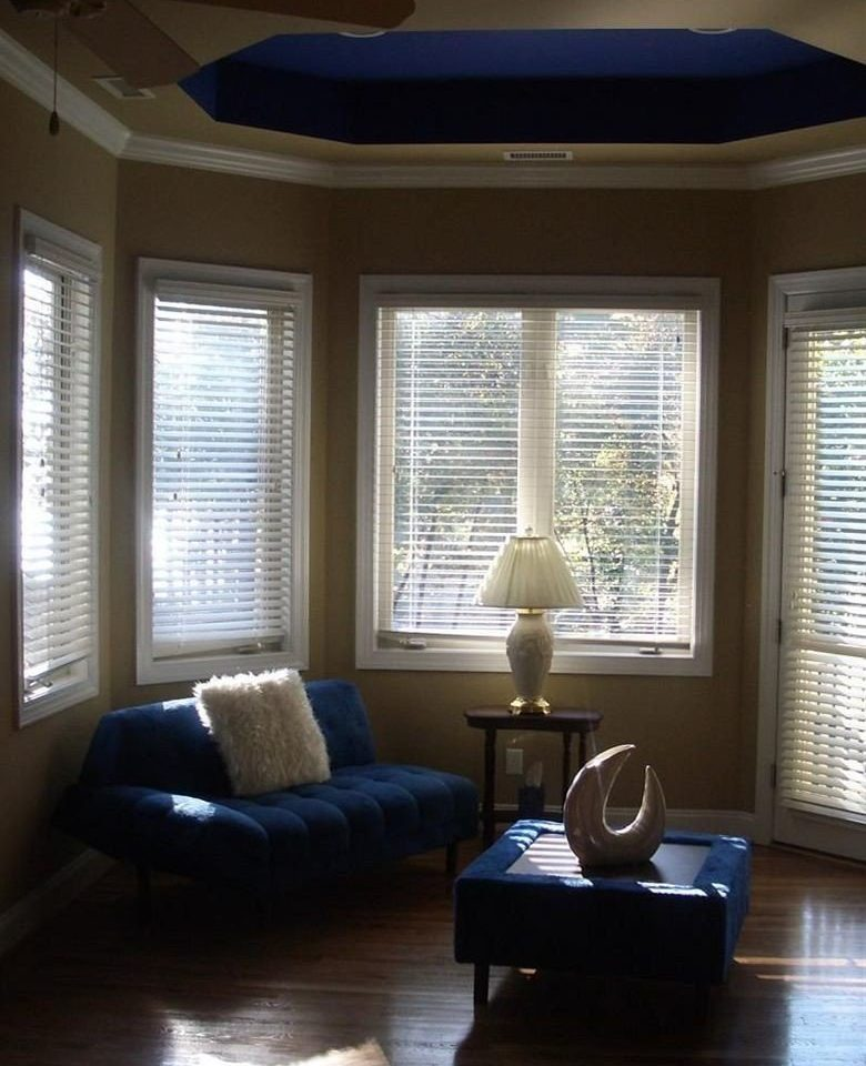 living room property home hardwood daylighting window treatment condominium