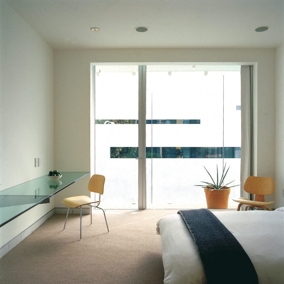 property living room condominium home daylighting window treatment