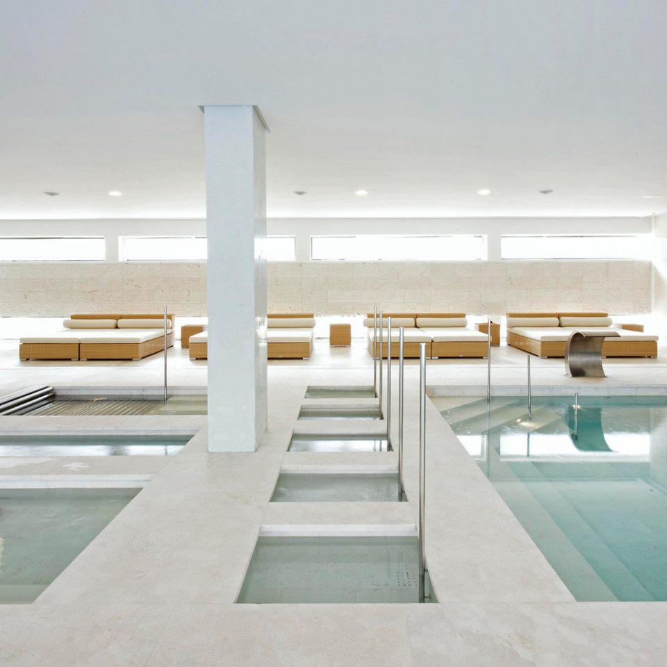 property swimming pool daylighting condominium professional mansion