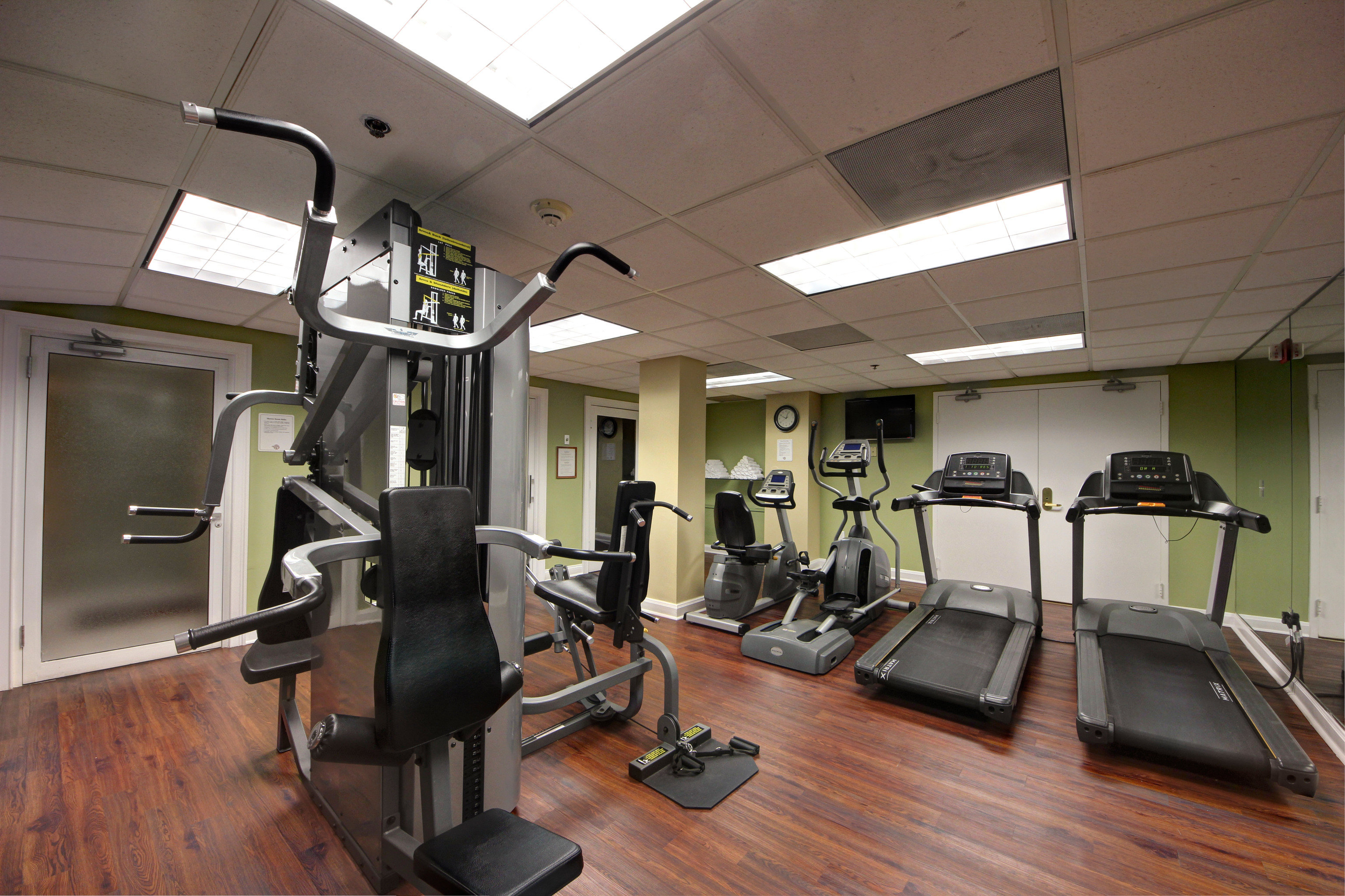structure gym property sport venue muscle condominium physical fitness office hard