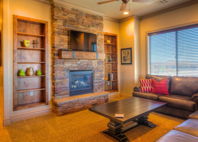 living room property home hardwood condominium recreation room