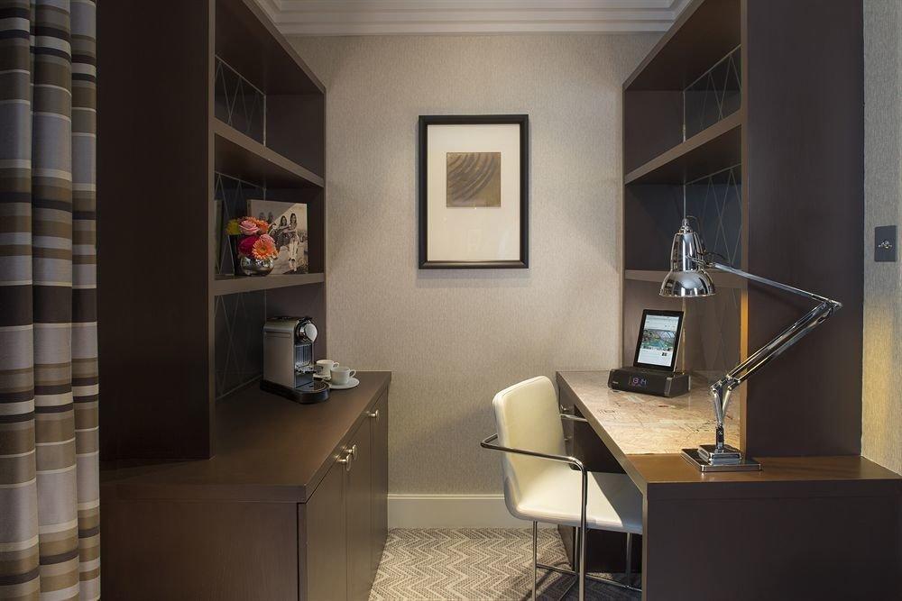 property home living room condominium office