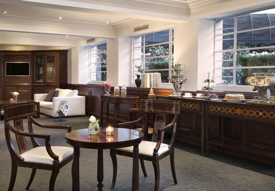 property home living room condominium restaurant