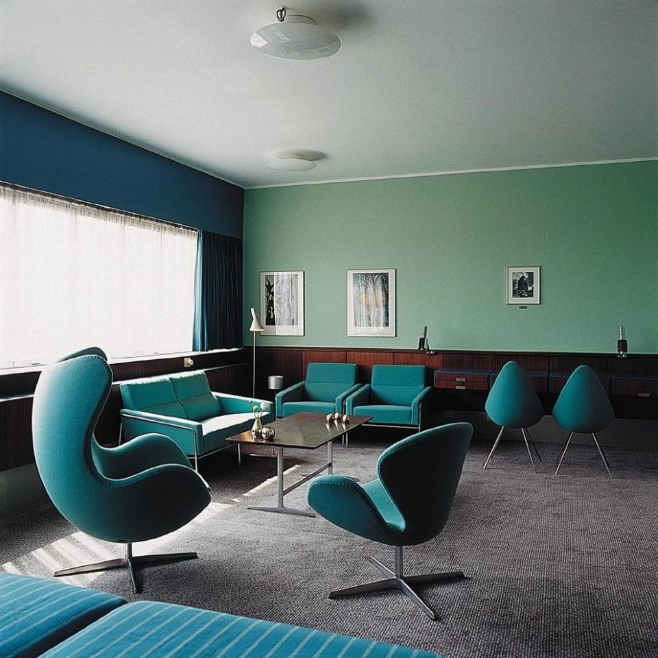 green conference hall waiting room office
