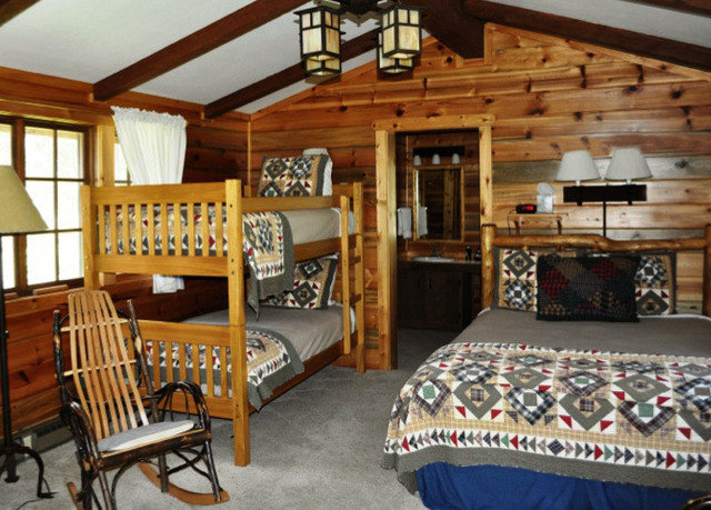 property log cabin cottage home recreation room living room farmhouse