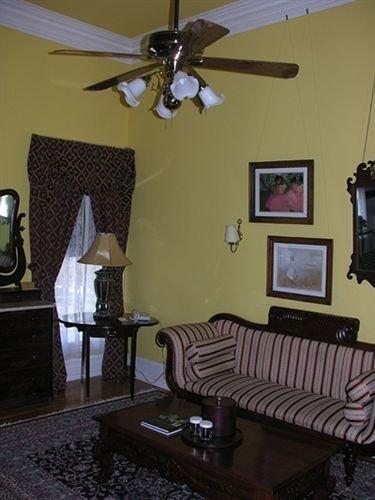 property living room home lighting cottage