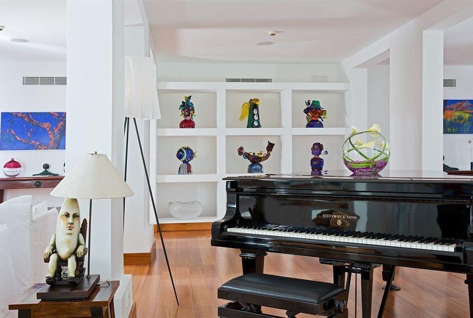 property home living room recreation room cottage