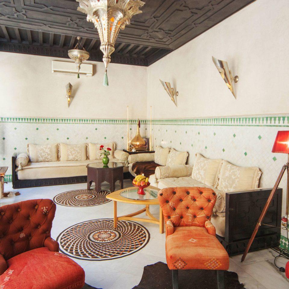 property home restaurant cottage living room