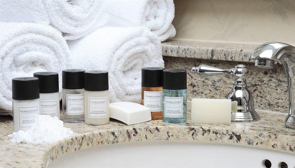 white sink counter flooring