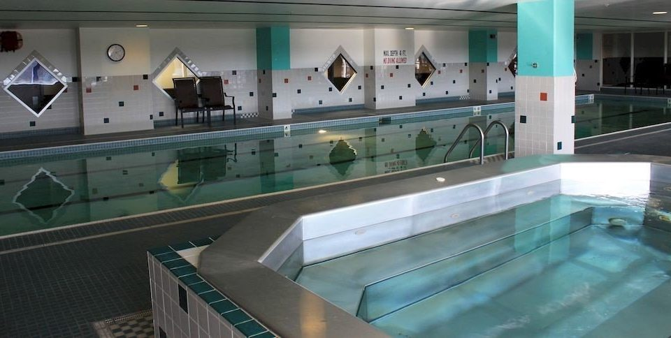 swimming pool green leisure centre counter