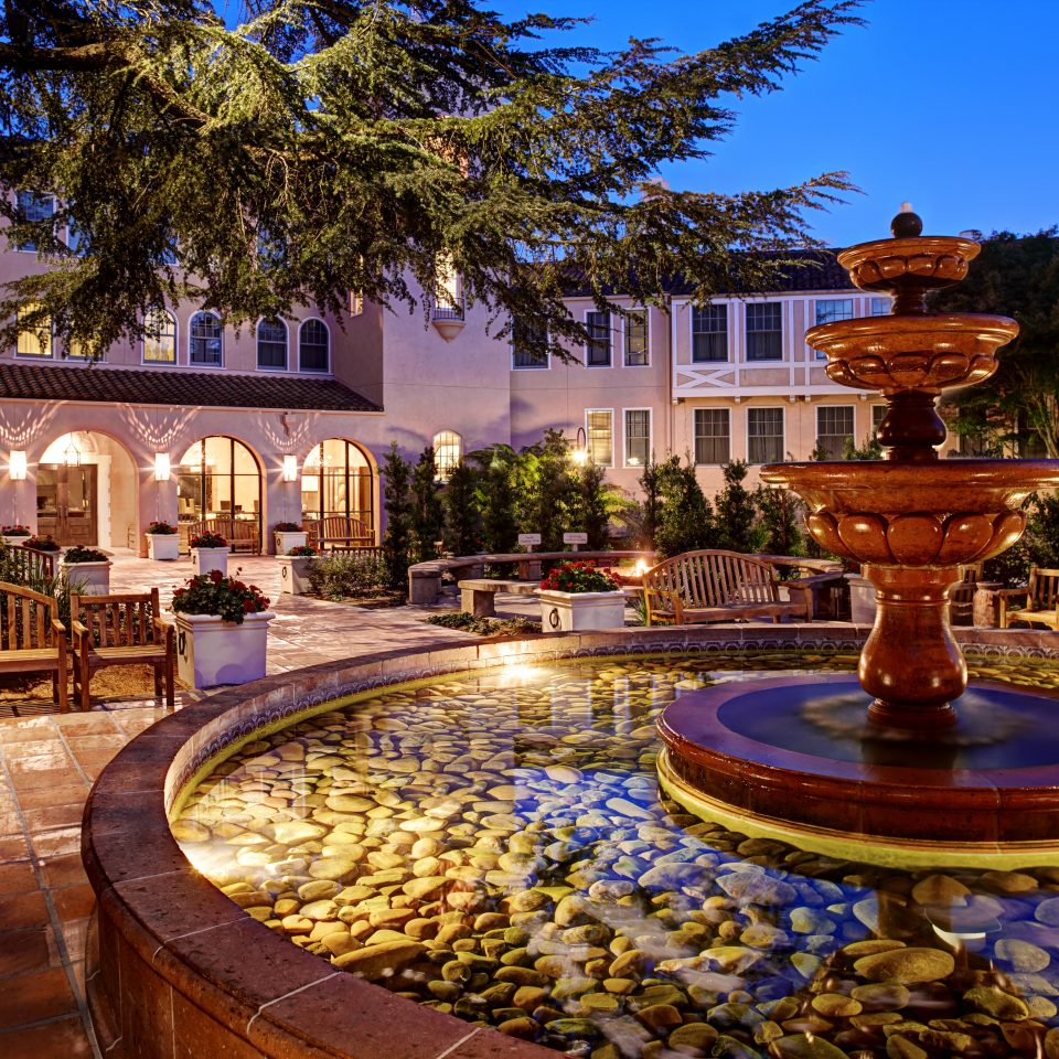 Country Grounds Inn tree plaza building water feature palace Resort fountain mansion Courtyard landscape lighting