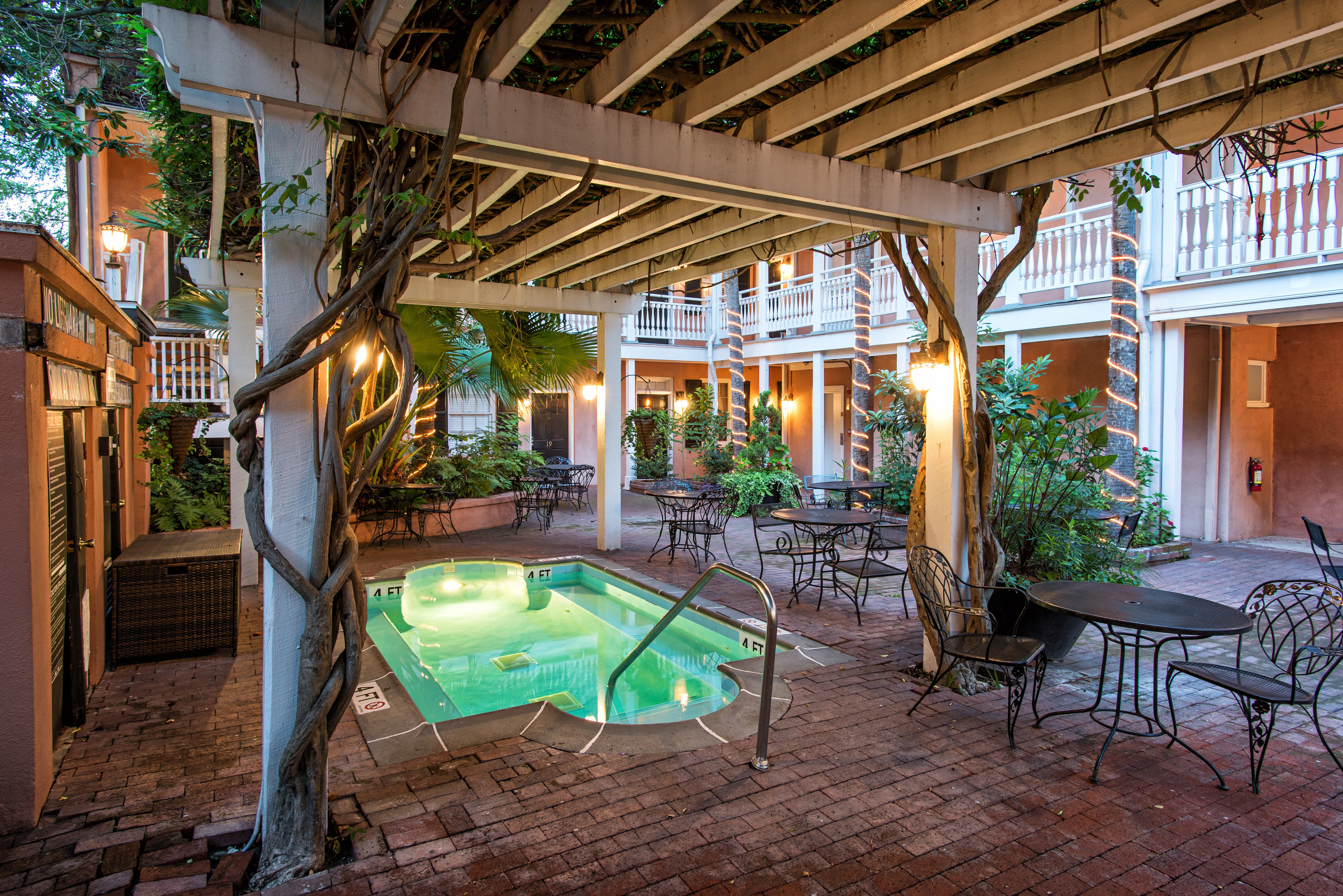 Country Courtyard Historic Inn Lounge Patio Pool Terrace building property house Resort backyard home Villa outdoor structure mansion cottage porch hacienda