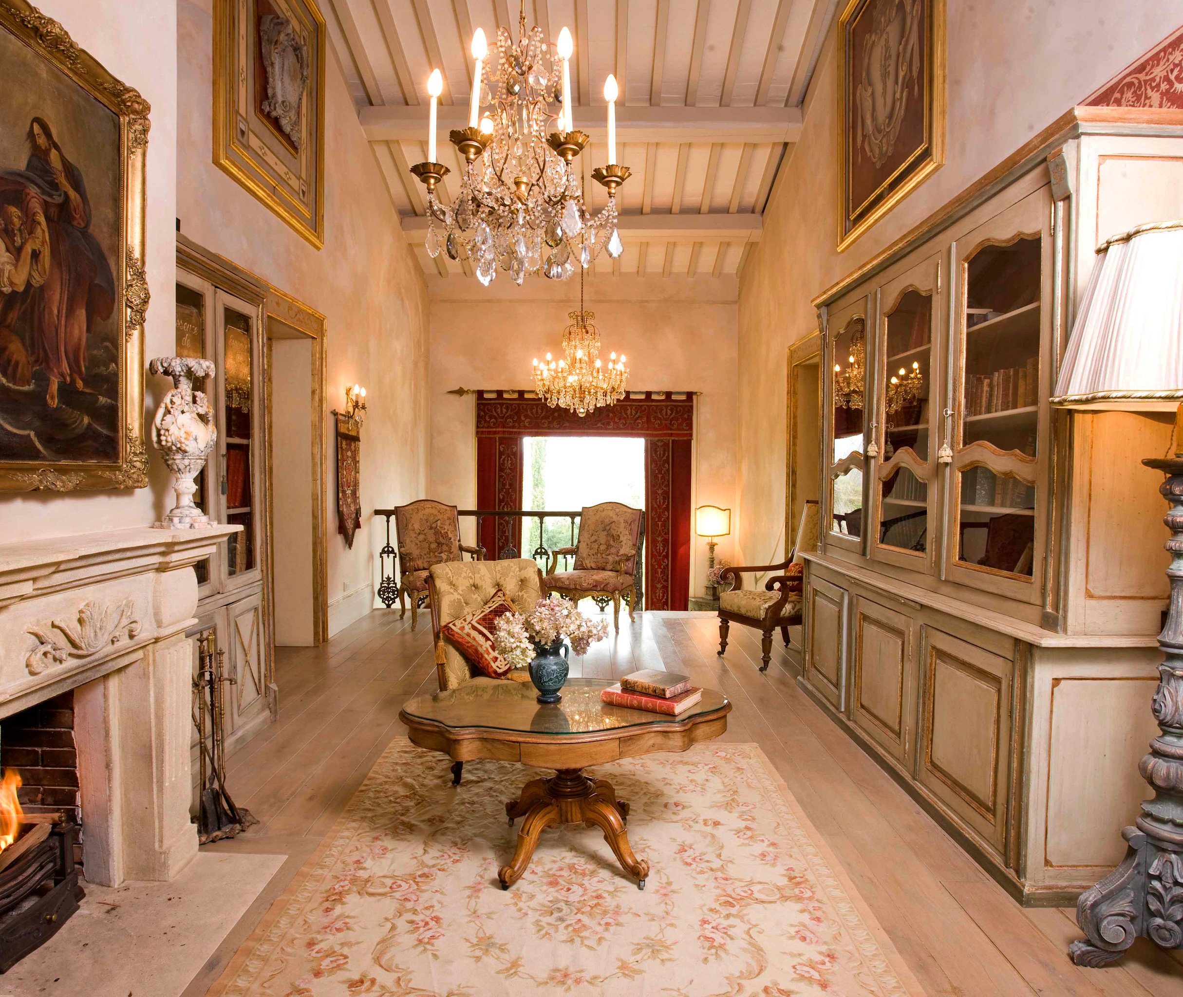 Country Cultural Elegant Historic Hotels Lounge Luxury Travel property living room mansion home Fireplace Lobby palace stone
