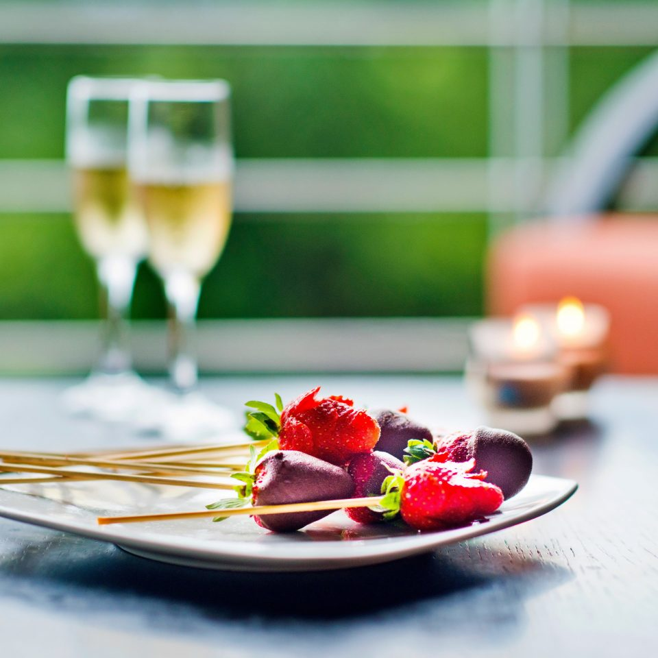 Country Dining Drink Eat Eco Modern Resort Romance color red plate green food plant flower glass fruit close