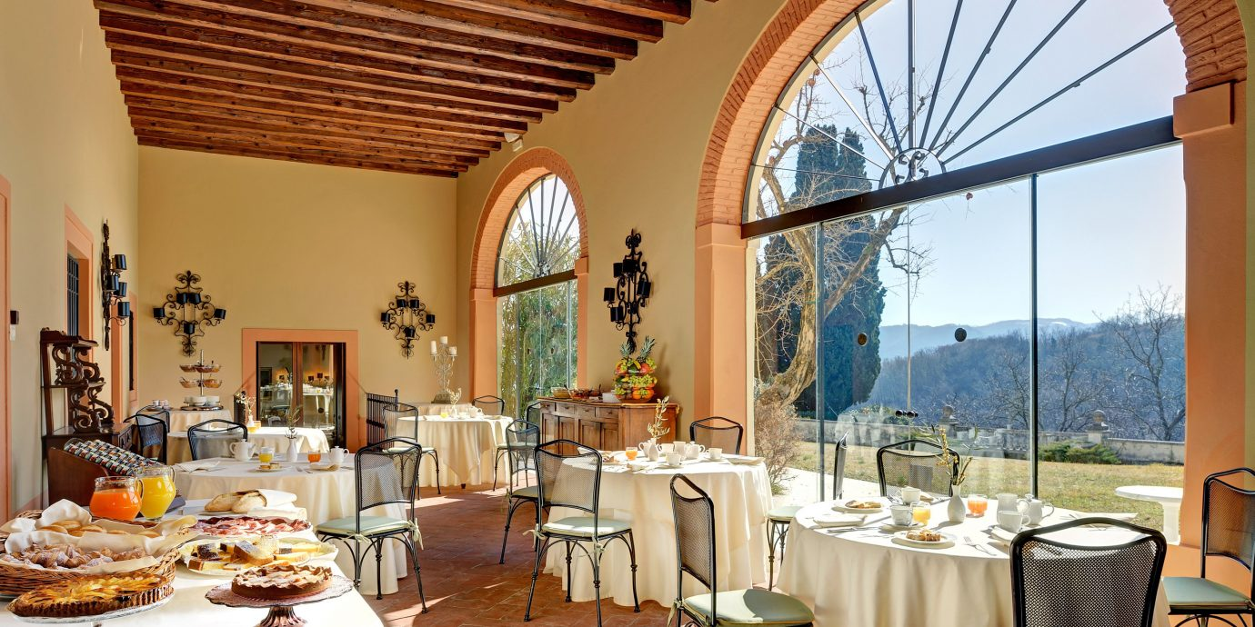 Country Elegant Romance Romantic property restaurant Villa Dining Resort home hacienda cottage