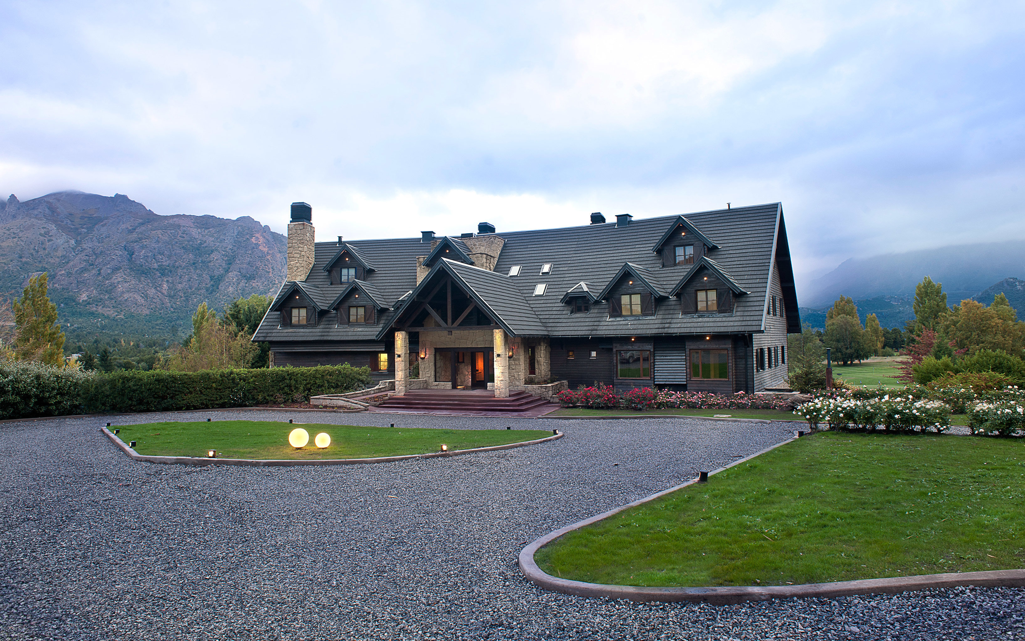 Country Exterior Grounds Lodge Rustic sky grass property residential area sport venue home lawn château