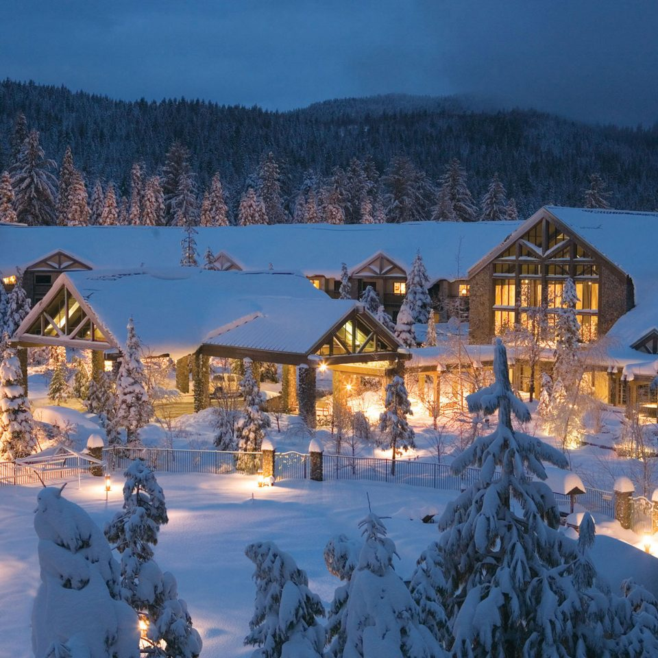 Country Exterior Grounds Lodge Rustic tree sky snow Winter weather season Resort mountain mountain range piste