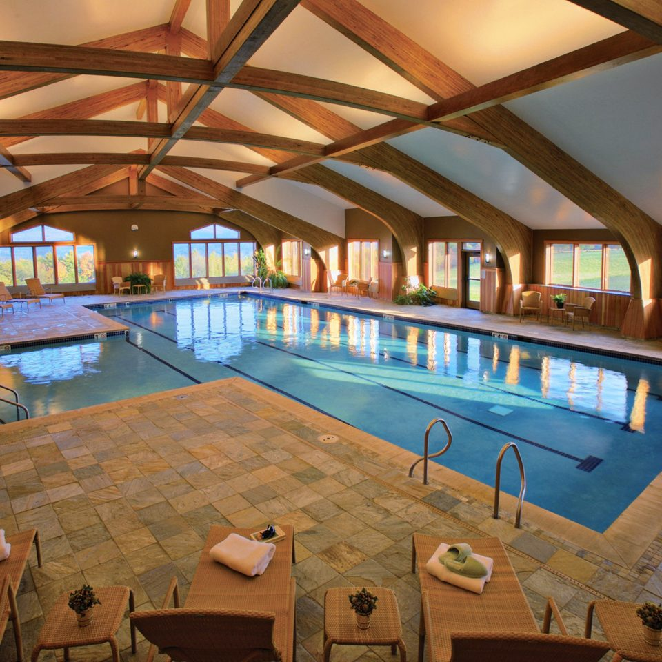 Country Family Lodge Pool swimming pool leisure property Resort home recreation room mansion