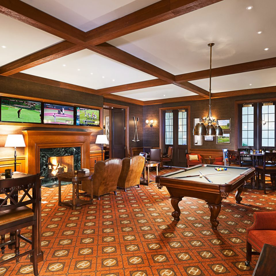 Country Fireplace Hotels Lounge Ranch Resort Romance property recreation room billiard room Lobby restaurant Suite living room