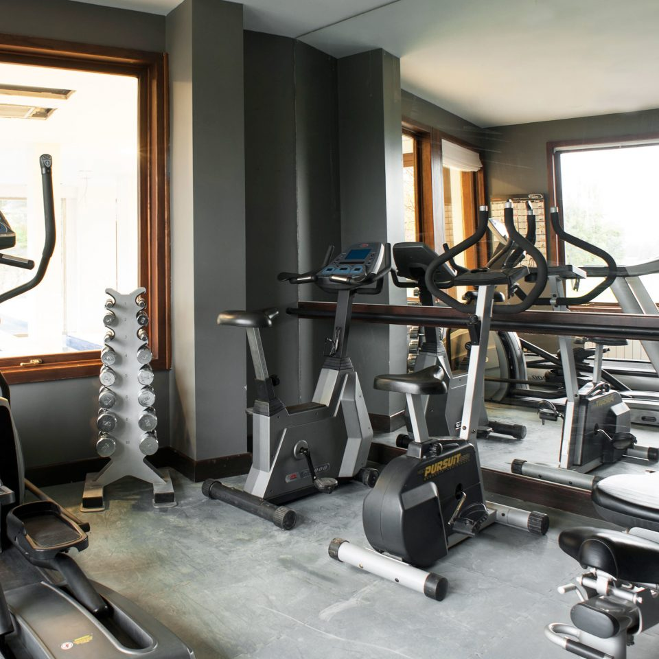 Country Fitness Lodge Rustic Sport Wellness structure gym property sport venue condominium physical fitness cluttered