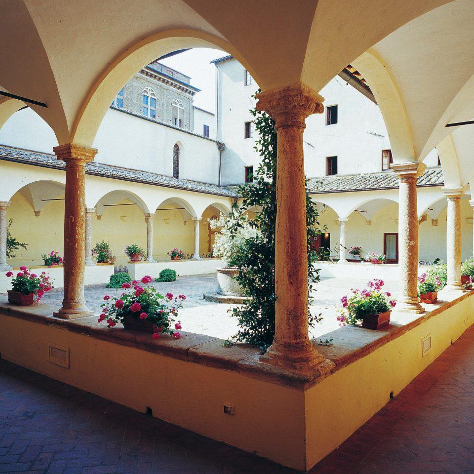 Country Grounds Honeymoon Romance Romantic art flower hacienda restaurant arch