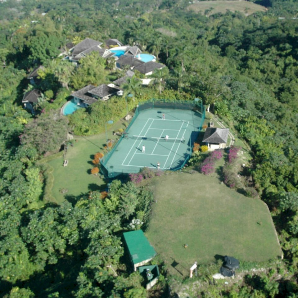 Country Grounds Luxury Villa grass mountain aerial photography bird's eye view ecosystem geological phenomenon sport venue residential area Nature reservoir waterway traveling lush hillside highland