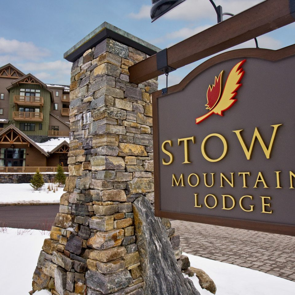 Country Lodge Resort Ski sky building sign season home stone