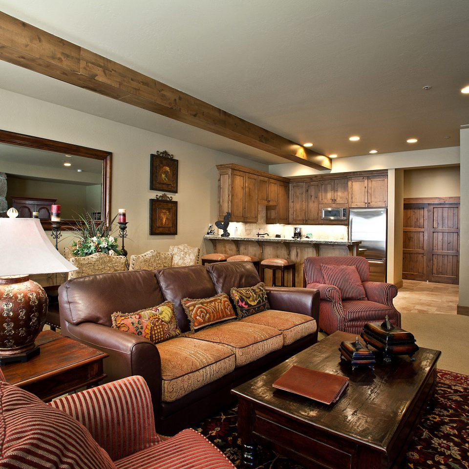 Country Lounge Resort Rustic sofa living room property home Suite hardwood condominium cottage mansion