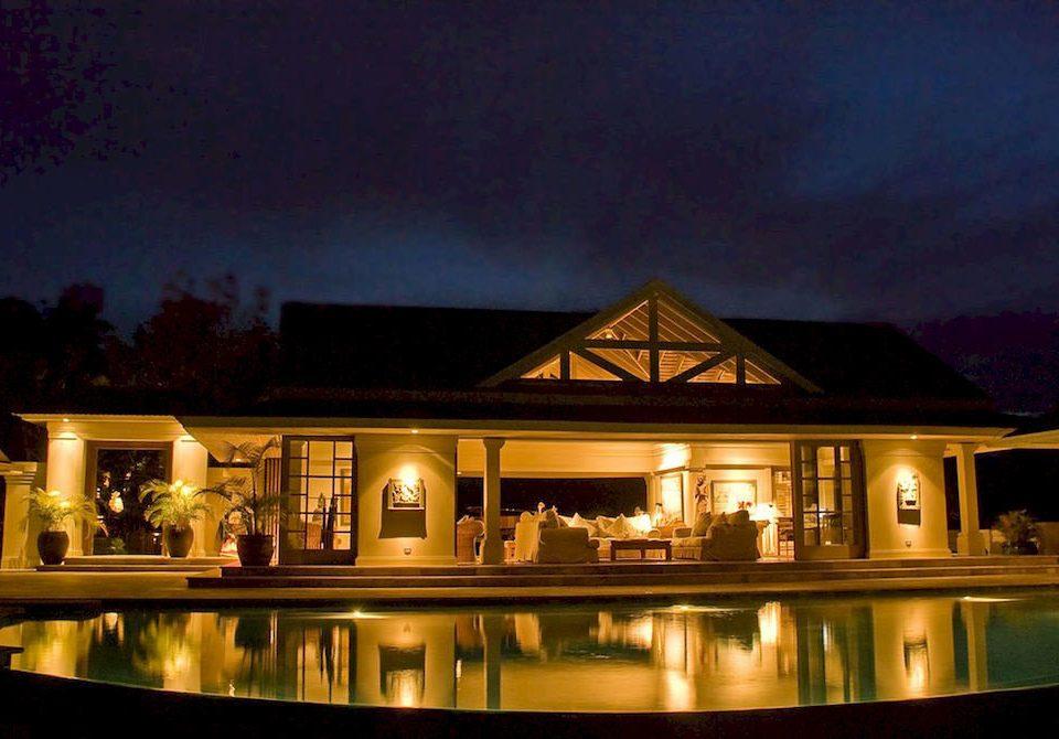 Country Luxury Pool Villa night house evening home lighting Resort landscape lighting light mansion restaurant lit dark