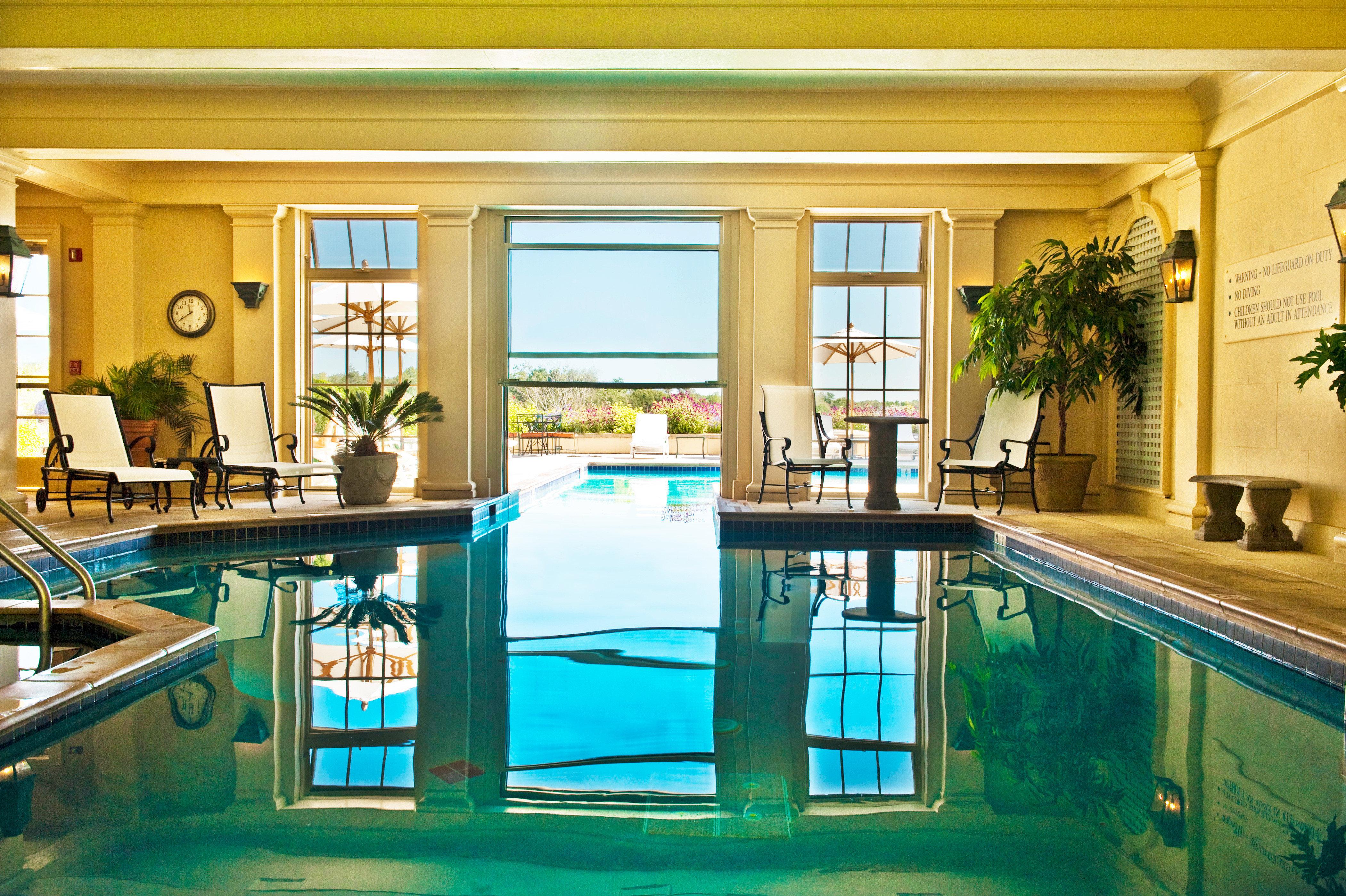 Country Pool Romantic swimming pool property Resort leisure condominium Villa home mansion