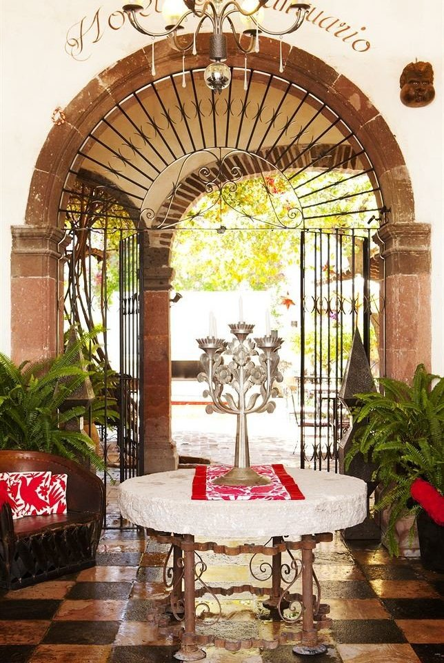 arch home restaurant porch hacienda Courtyard mansion outdoor structure stone