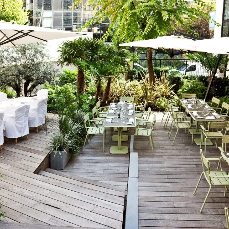 Dining Drink Eat Luxury Outdoors tree ground building backyard aisle Courtyard floristry outdoor structure Garden flower landscape architect Deck Resort