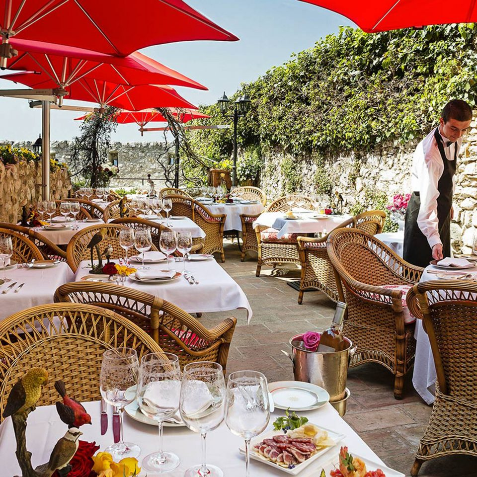 Courtyard Dining Drink Eat food umbrella restaurant Resort accessory set