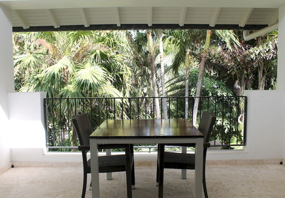 Dining Drink Eat Kitchen property plant home Courtyard living room porch dining table