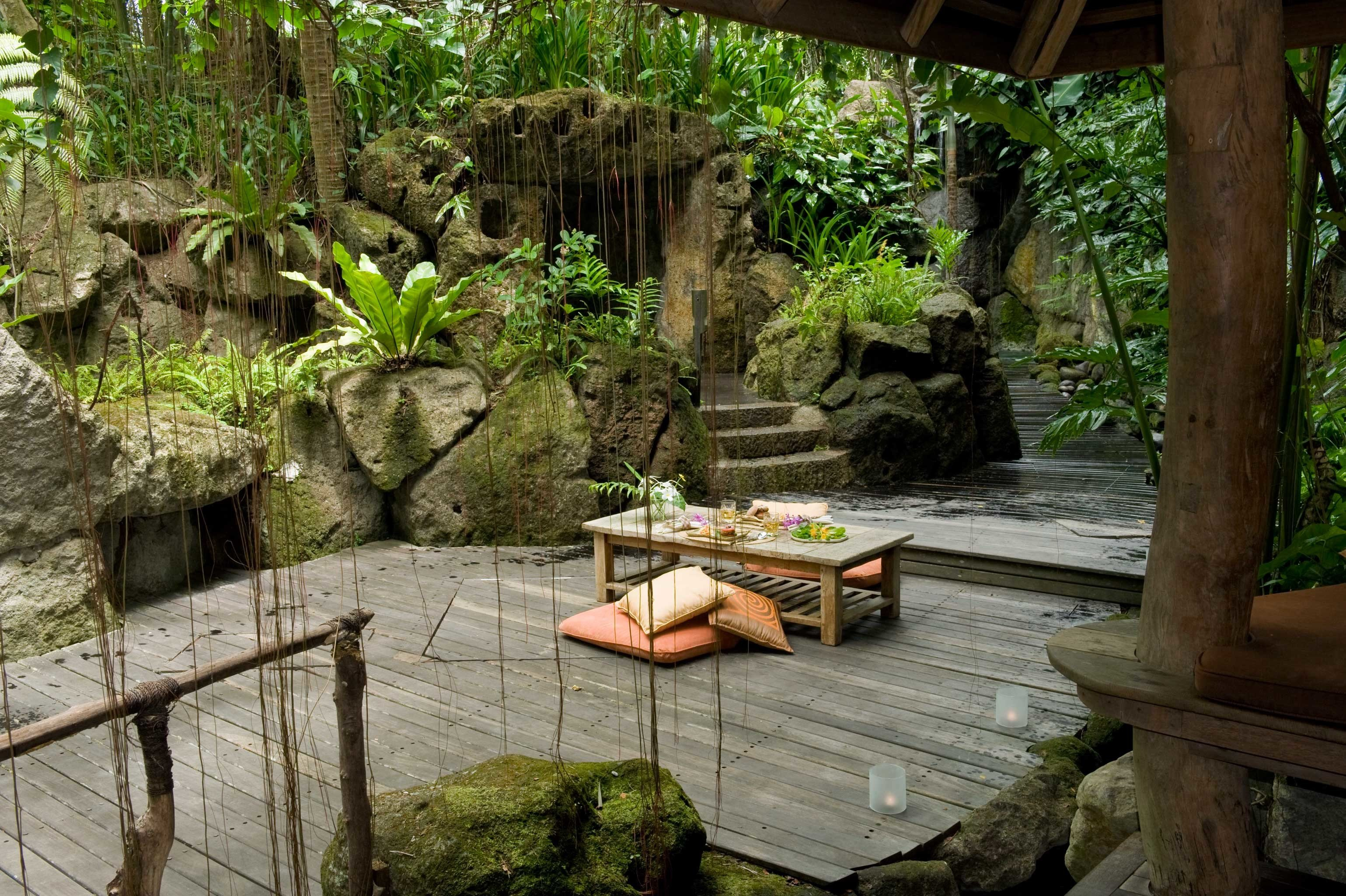 Dining Drink Eat Grounds Nature Outdoors Rustic Tropical tree wooden backyard botany Garden Jungle yard Courtyard outdoor structure pond