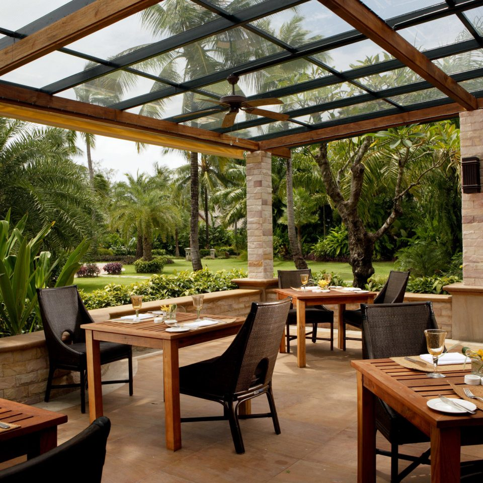 Dining Luxury Modern Resort property building outdoor structure wooden orangery restaurant cottage backyard Courtyard