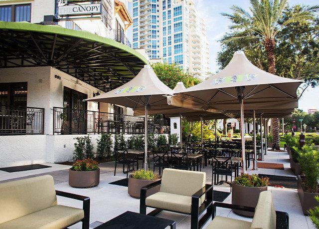 tree chair Resort condominium restaurant plaza outdoor structure Dining Courtyard set