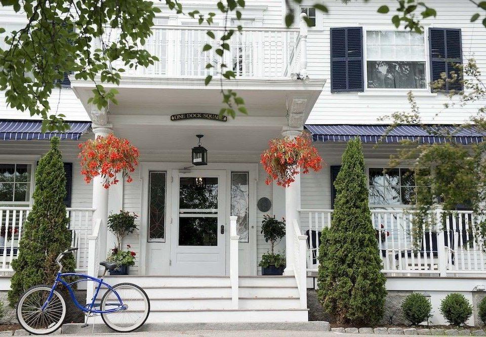 Exterior Inn building bicycle house home neighbourhood flower porch Courtyard palace Garden stone