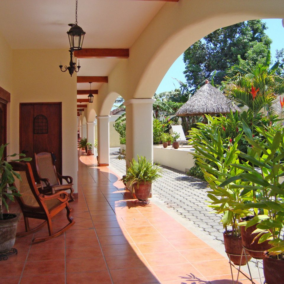 Exterior Luxury Patio Suite property house home plant Villa hacienda Courtyard cottage arch living room