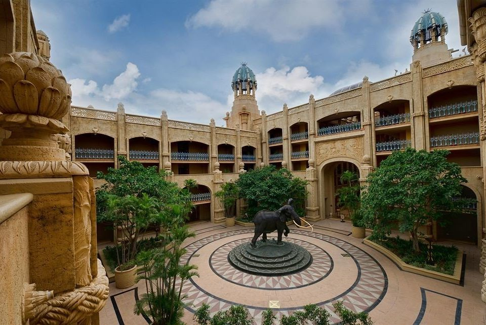 sky building plaza landmark palace Courtyard ancient history old stone town square mansion ancient rome Garden arch colonnade