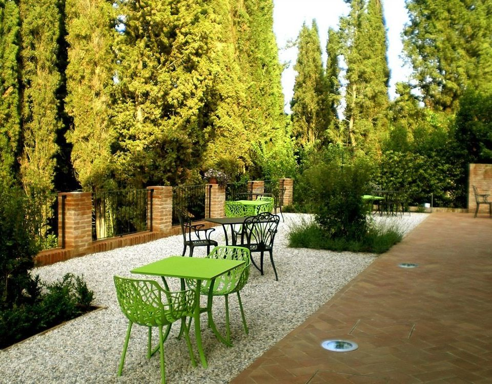 tree bench ground park property green backyard home yard grass Courtyard Garden lawn path landscape architect flower cottage walkway plant surrounded stone